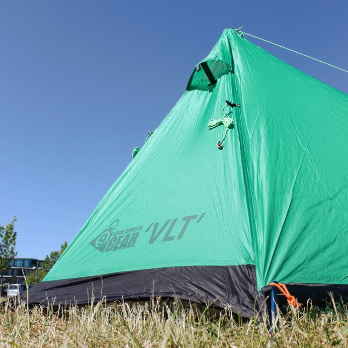 Aufgebautes VLT Zelt von Gram-Counter Gear