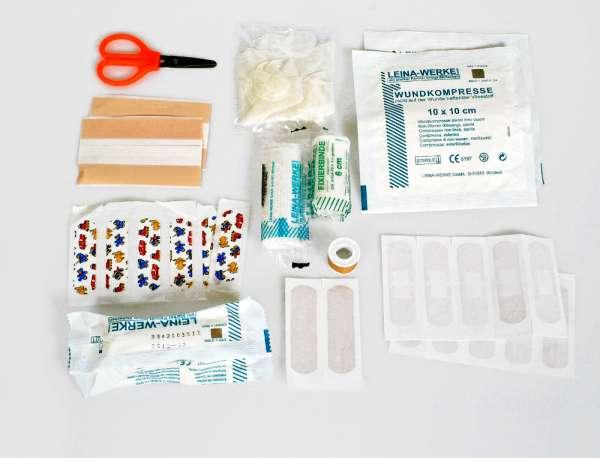 Basic Nature Erste Hilfe Set Standard ultraleicht